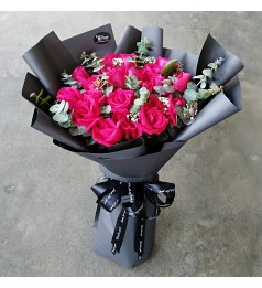 Red Roses Hand Bouquet